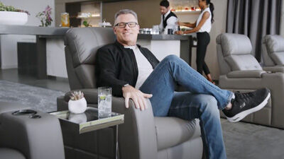 Howie Long for Skechers Arch Fit