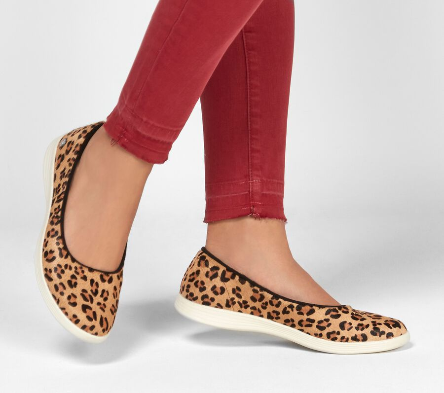 Skechers On the GO Dreamy - Leo, LEOPARD, largeimage number 0